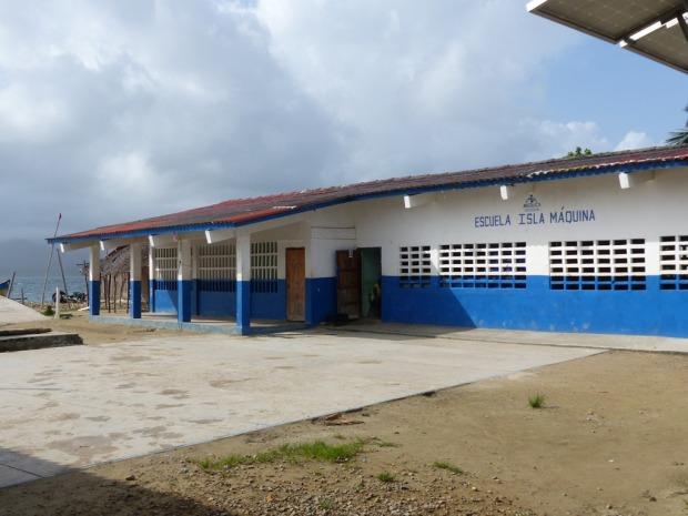 School-Isla-Maquina.jpg